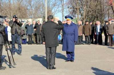 Докладывает Герой Советского Союза летчик-космонавт А.Волков